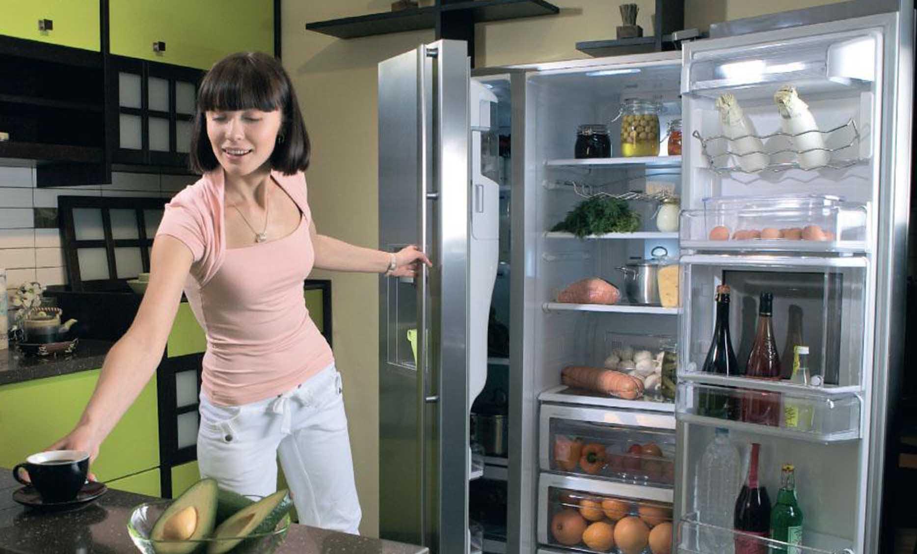 Почему дверь холодильника не закрывается и как это можно исправить