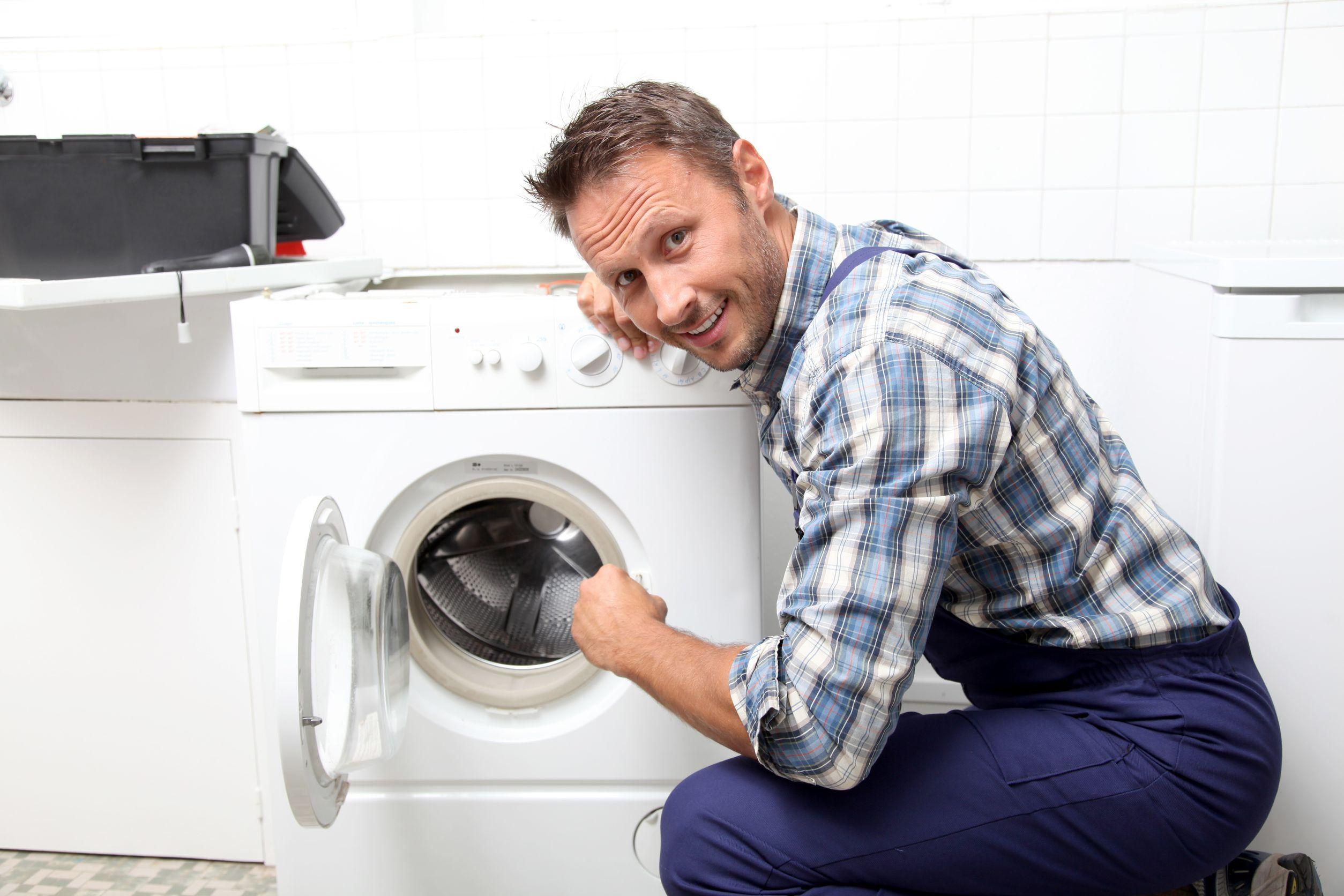 Как снять и разобрать барабан стиральной машины, чтобы произвести ее ремонт