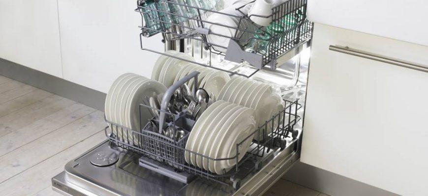 Загружаем посудомоечную машину по всем правилам