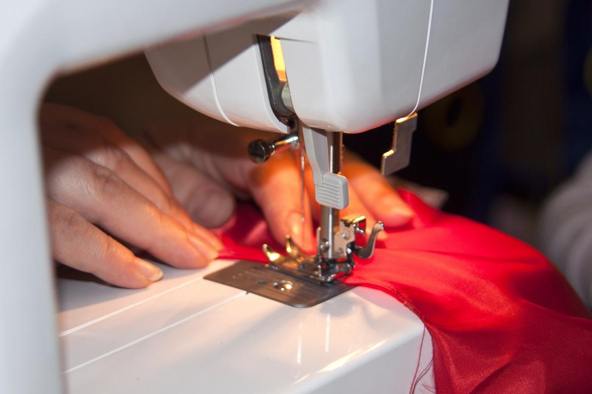 Как самостоятельно отремонтировать швейную машинку