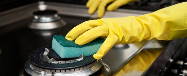 Как очистить газовую или электрическую плиту от жира
