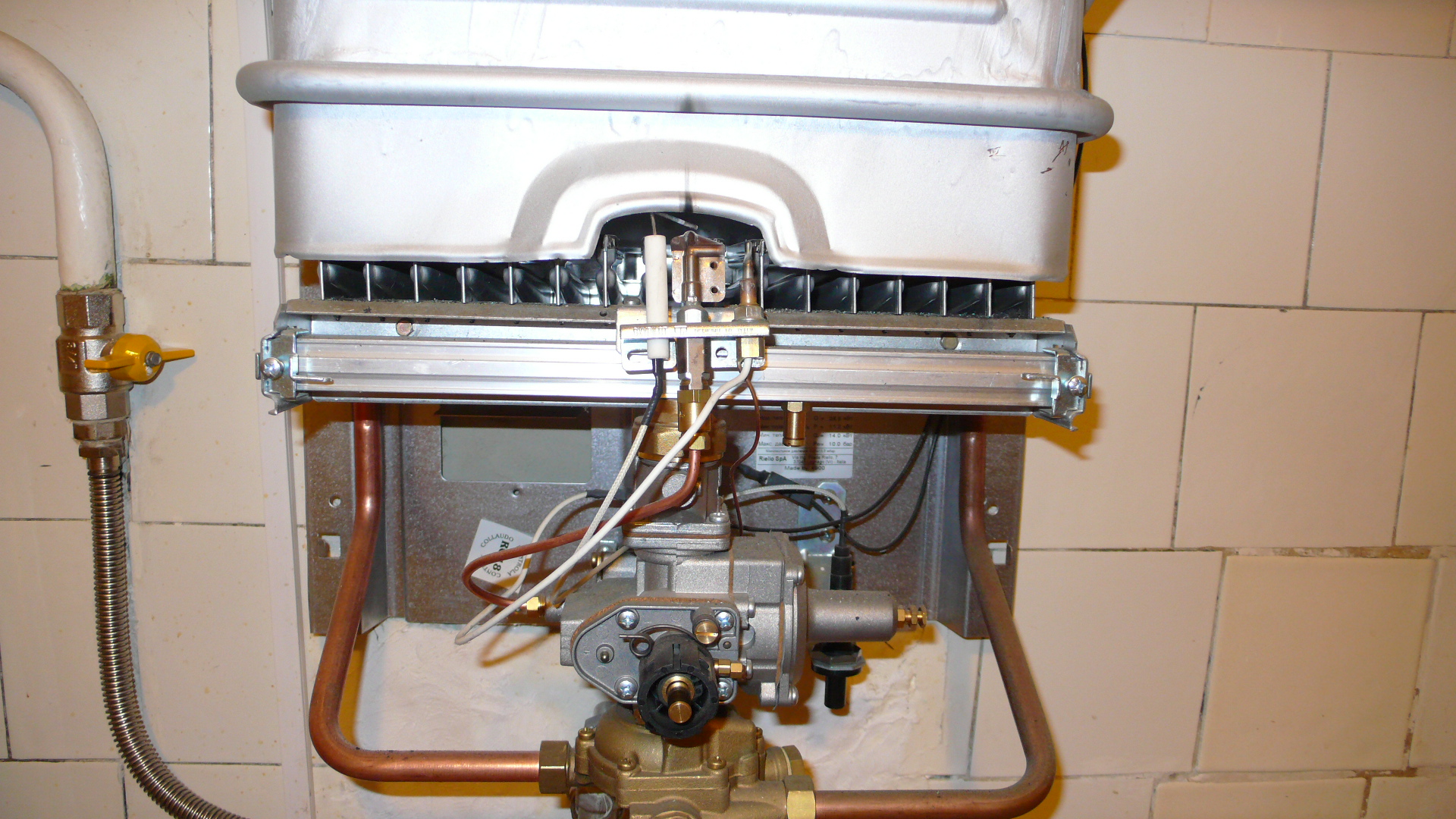 Практические советы как почистить газовую колонку