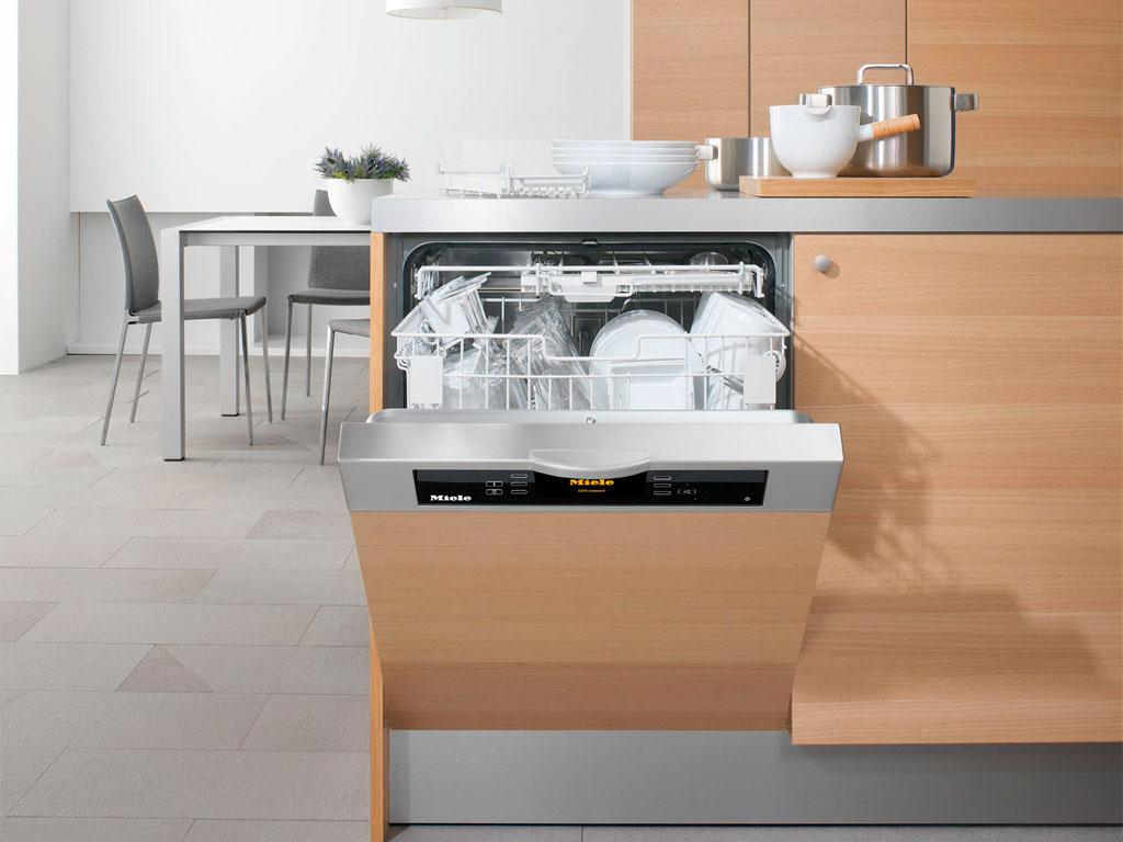 Как выбрать посудомоечную машину: ответы на основные вопросы