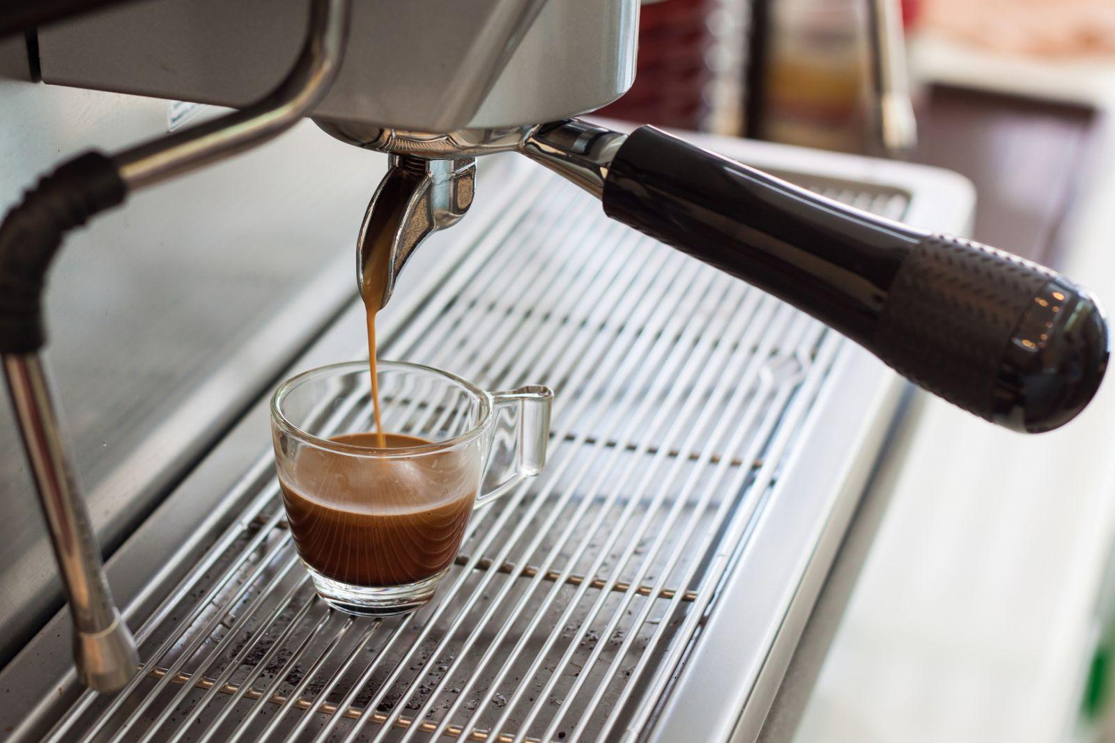 Как и чем удалить накипь в кофемашине