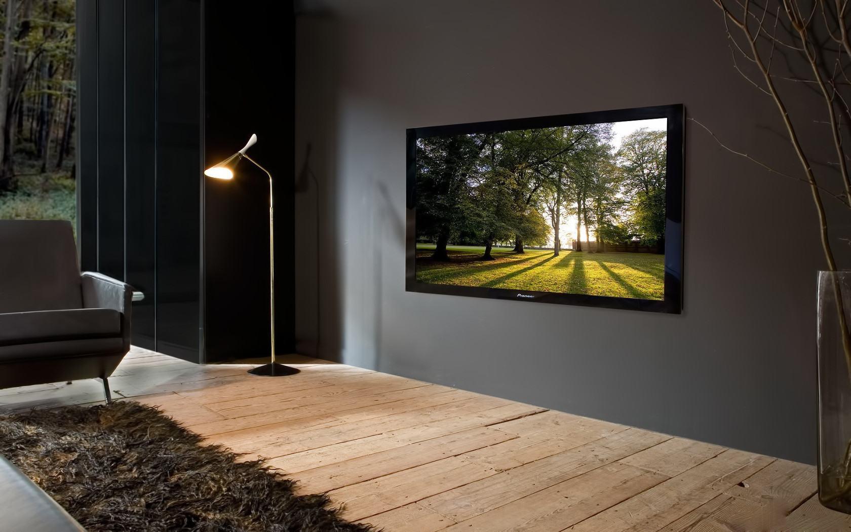 Как правильно повесить телевизор на стену своими руками