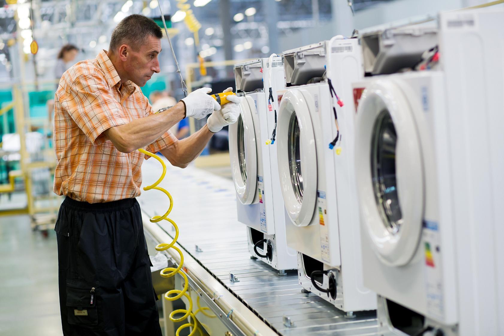 Что сделать, чтобы стиральная машина перестала прыгать