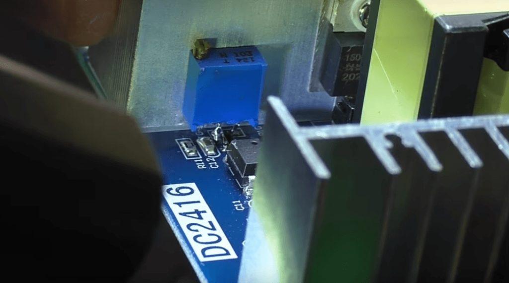 Монтаж подстроечного резистора