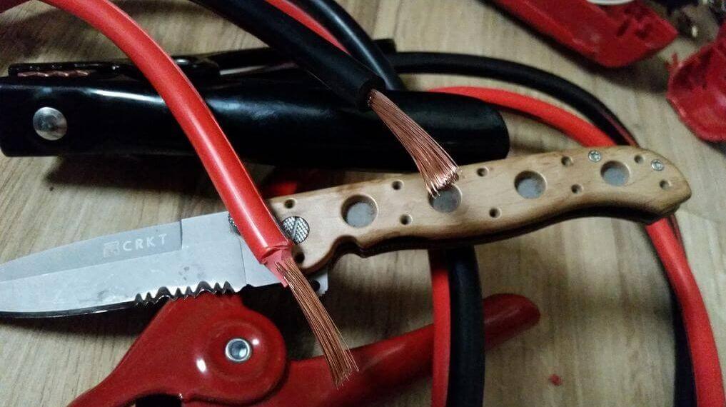 Автомобильные провода для «прикуривания»