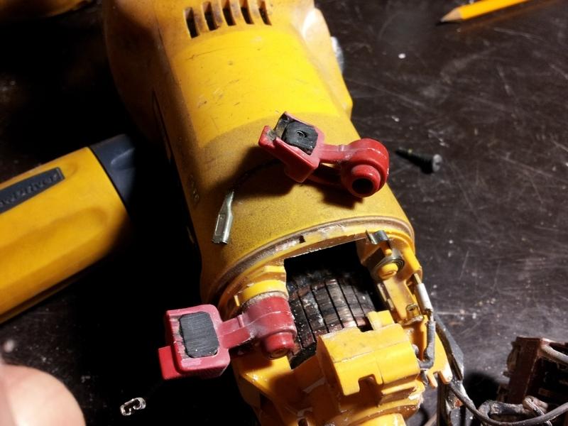Замена щёток электродрели