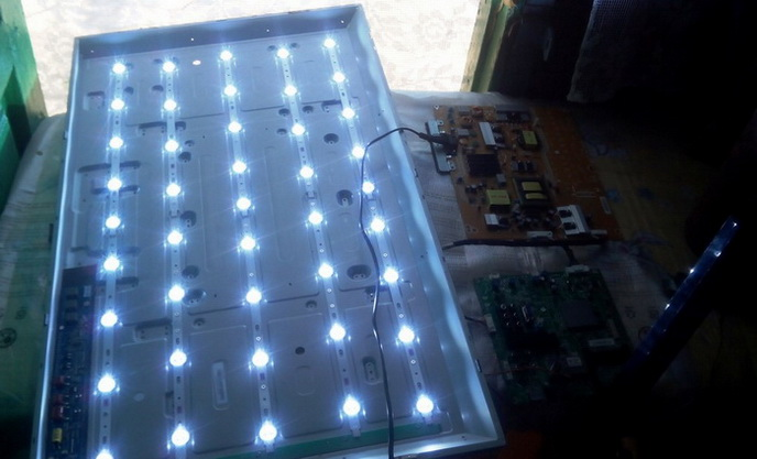 LED-подсветка экрана телевизора, разобранное состояние