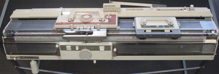 Вязальная машина Brother KR-838
