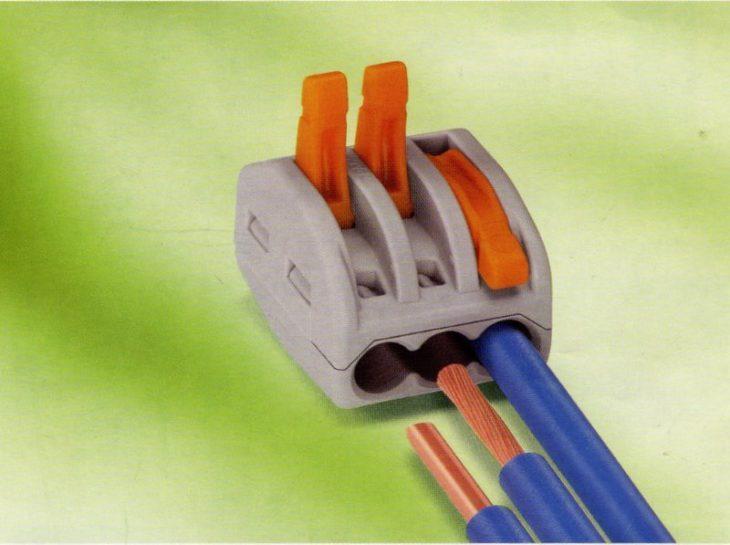 Устройство для соединения проводов Wago