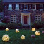Сферические светильники для подсветки участка