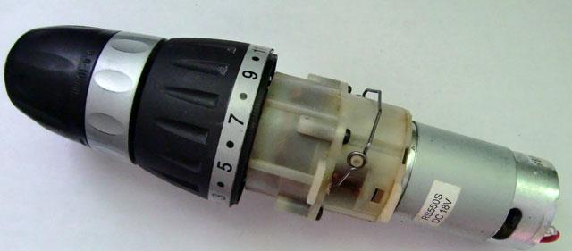 Отсоединение редуктора от двигателя шуруповёрта