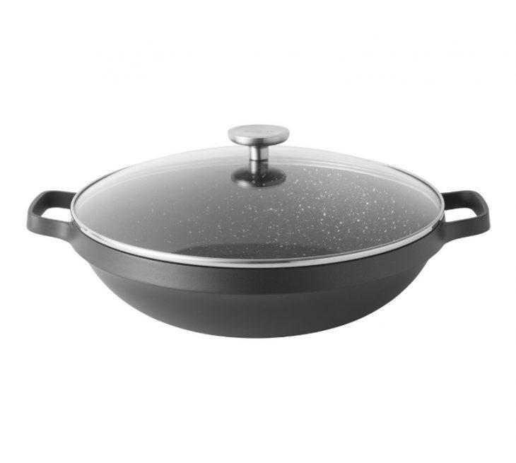 Сковорода-вок из алюминия