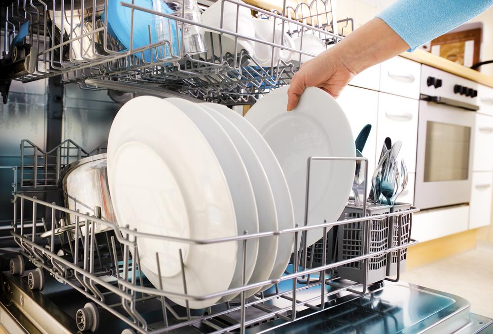 Почему не растворяется таблетка в посудомоечной машине: решение проблемы