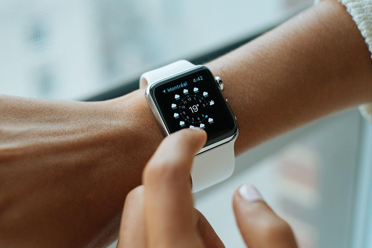 Как настроить смарт-часы и подключить их к системе Андроид