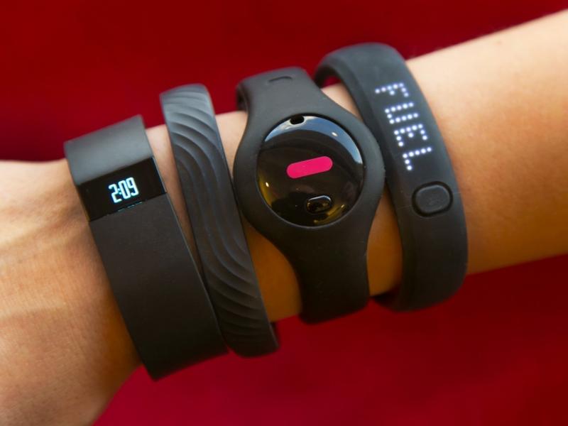 Как подключить фитнес-браслет к телефону: отдельные нюансы
