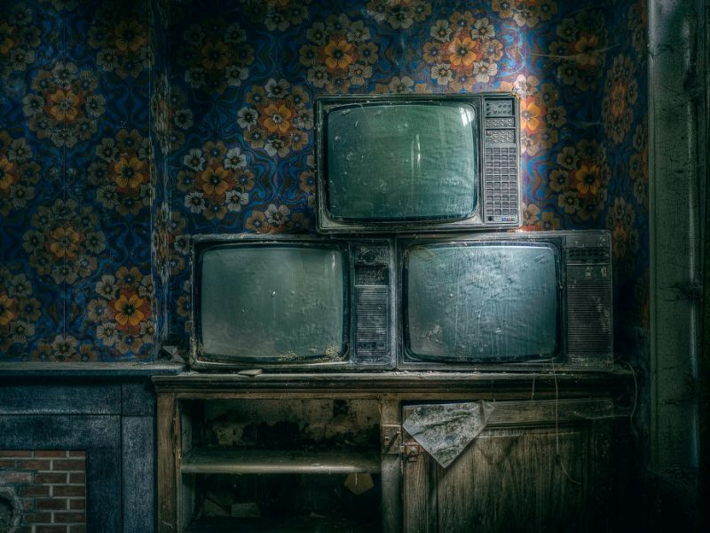 Что будет, если долго не включать телевизор