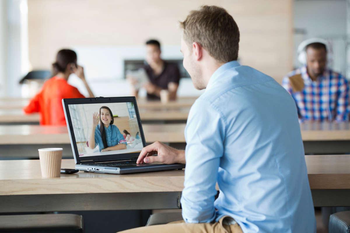 Как включить веб-камеру на ноутбуке: пошаговая инструкция и ошибки в работе