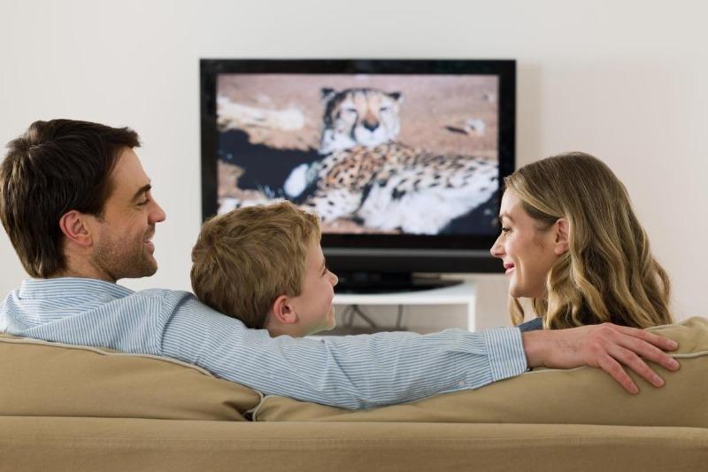 Как и куда нельзя вешать телевизор: самые распространенные ошибки