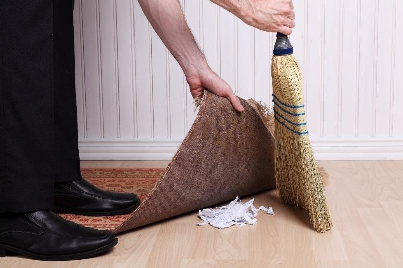 Как бороться с пылью, если в доме нет пылесоса