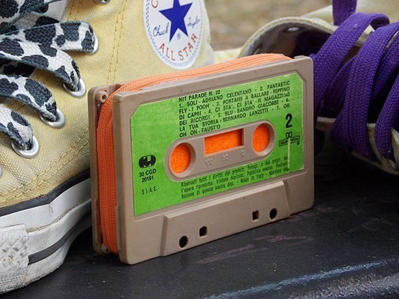 Декор из кассет