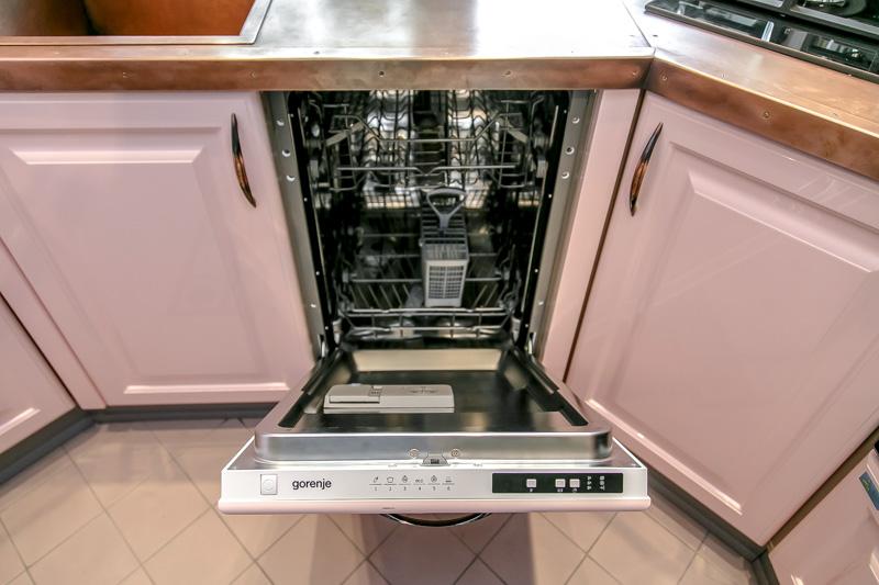 7 частых убеждений о посудомоечных машинах, которые в реальности не подтверждаются