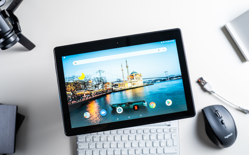 7 лучших планшетов, стоимостью до 10 000 рублей