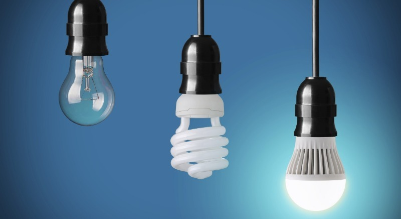 4 причины не экономить на электрических лампочках, заменяя их светодиодными