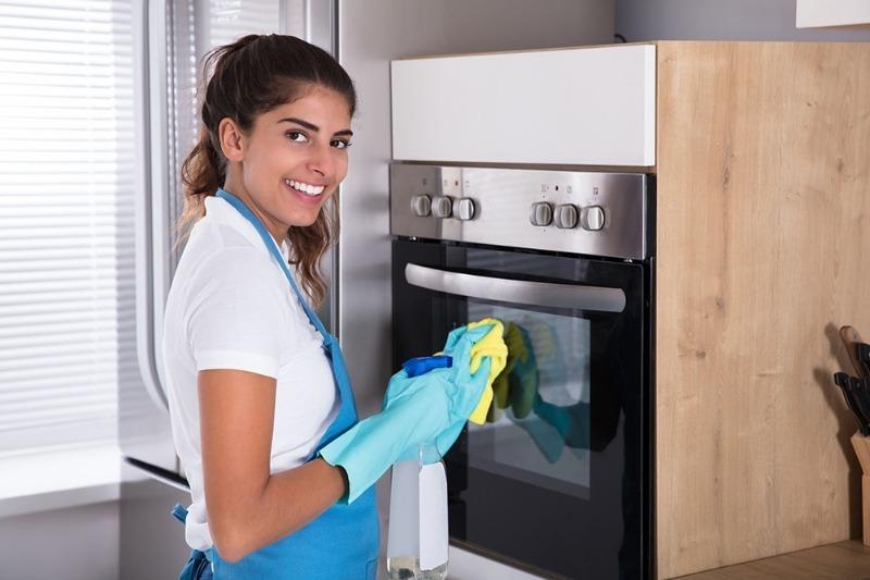 5 простых средств очистить духовку до блеска