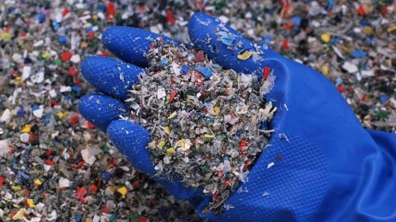 5 вещей из переработанного пластика, которые помогают экологии