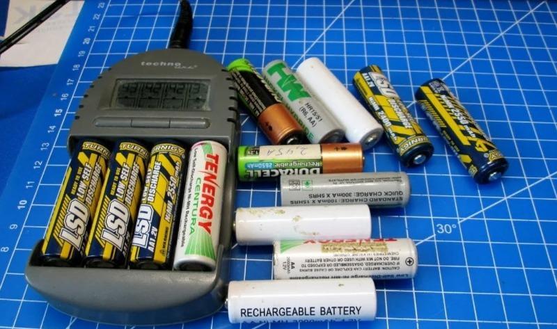 3 преимущества аккумуляторов перед батарейкой, которые помогут сэкономить