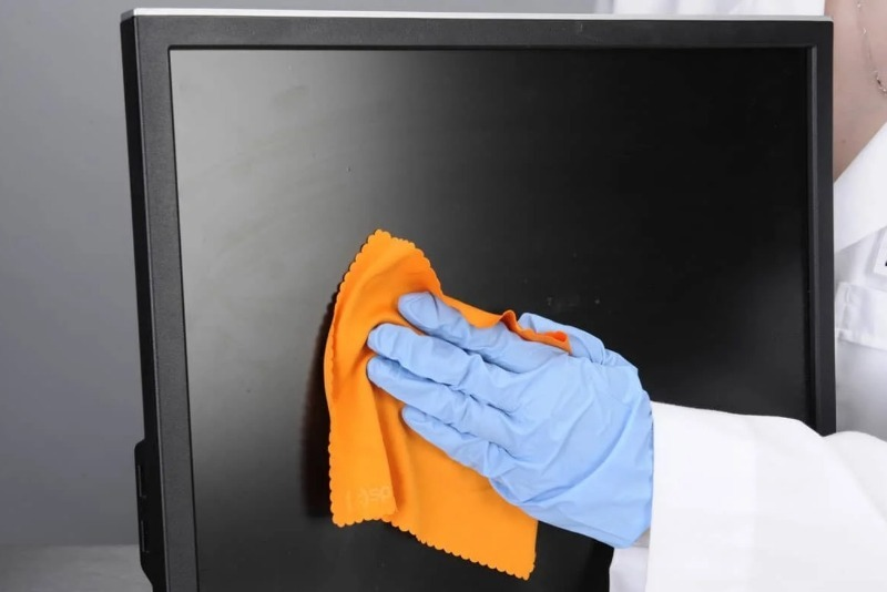 4 средства, которыми можно чистить бытовую технику без риска сломать ее