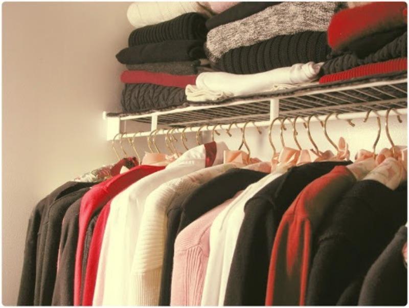 4 совета, которые помогут избавиться от завалов зимней одежды в прихожей