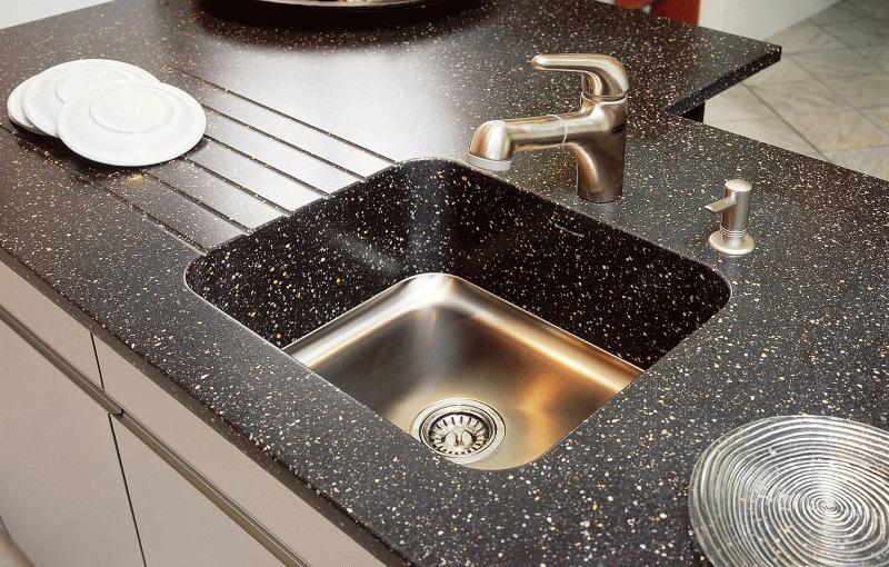 9 вещей, которые сокращают срок службы кухонных столешниц