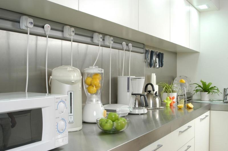 10 деталей, которые делают невзрачной даже большую и светлую кухню