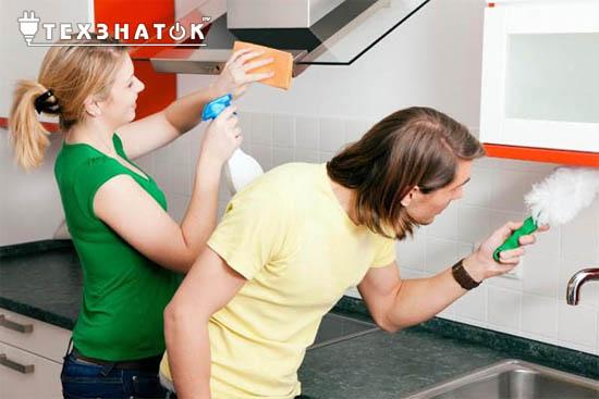 Как отмыть вытяжку на кухне от жира