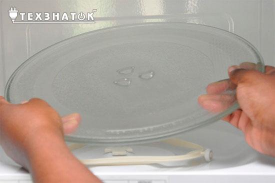 Что делать если в микроволновке не крутится тарелка
